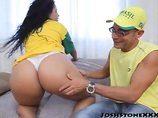 Skinny Advisor With Hefty Woo Fucks Latina Booty Lady Monique Carvalho
