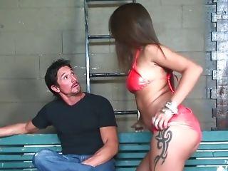 Cock-squeezing Latina Bootie Gets Cummed - Sara Luvv