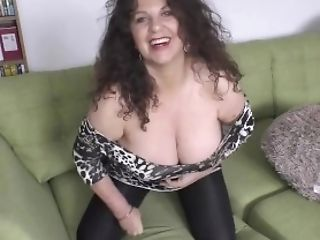 Horny Matures Gilly Shows Dancing Abilities And Downblouse