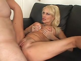 Hot Blonde Arousing Matures Natasha Skinski Fucks In Hard Way