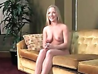 Yam-sized Tits Sandy-haired Doll