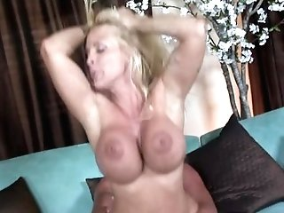 Love Fantastic Banging With Uber-cute Holly Halston