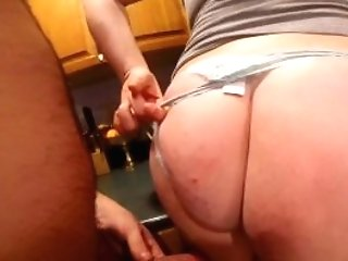Mummy Freakysamantha Gets Fucked In Kitchen And Guzzles