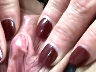 Matures Big Clittie And Outer Lips