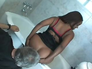 Black Lady Gives Her Cunt To A Fuckbox-greedy Matures Man