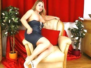 Russian Bbw Olga Cabaeva Is Masturbating Her Round Slit