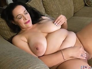 Chesty Matures Bbw Wh Big Donk Plays With Romp Playthings