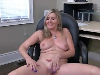 Canadian Cougar Velvet Skye Creams Her Office Stool