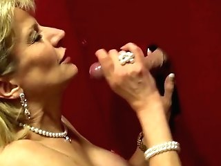 Blonde Cougar Lady Sonia Sucking Big Dick On The Glory Crevice