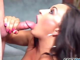 Skanky Brown-haired Lady Blows A Yam-sized Meat Pole