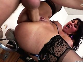 Big-tit Mummy Is Guzzling A Meaty Dick Down On The Knees