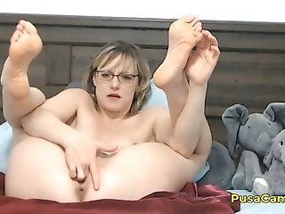 Us Brief Hair Mummy With Glasses Squirting Orgasm