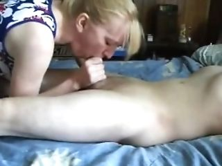 Cheating Wifey Oral Job And Drink