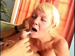 MUMMY loves a good banging session