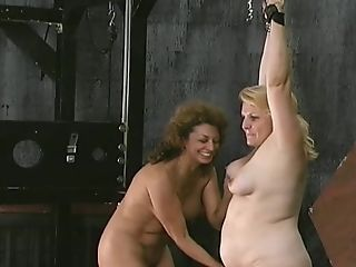Matures Woman And Fat Pallid-skinned Hoe Get Satisfaction