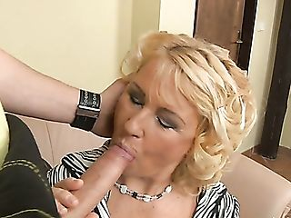 Matures Housewife Regi Bj's Plumber's Strong Fuckpole...