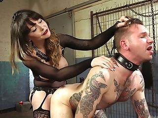 Pervy Cougar Danielle Foxx Fucks Ass Fucking Fuck-hole Of One...
