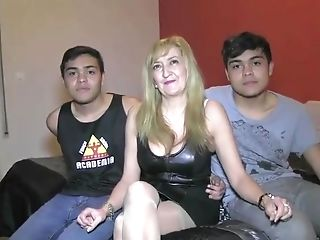 Matures Blonde Hussy In High-heeled Shoes And Stockings Gargles And...