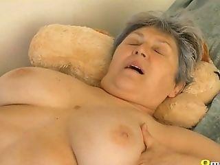 Omapass Extra Old Hairy Granny Fuckbox Frolicking