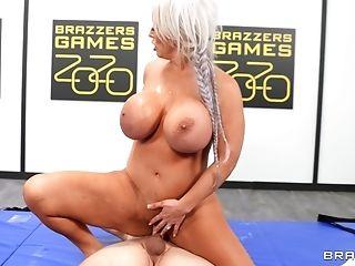 Blonde Matures Alura Tnt Jenson With Massive Tits Rails A Dick