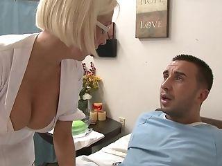 Nurse Gets The Utter Figure Practice