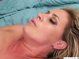 Big Bottomed Mummy Eva Notty Fucks One Super-sexy Youthful Delivery...