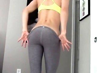Crazy Blonde Nubile Masturbrates After Gym