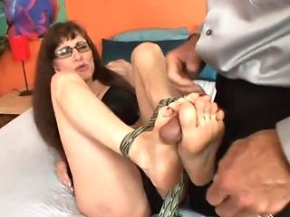 Huge-boobed Cougar Lady With Glasses Gets Her Feet Worshiped