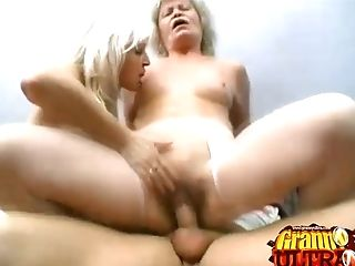 Matures Lady Gets Jaws And Beaver Fucked On A Couch