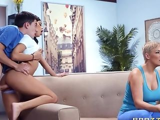 Jeni Angel & Ryan Keely In Old And Youthfull Threesome