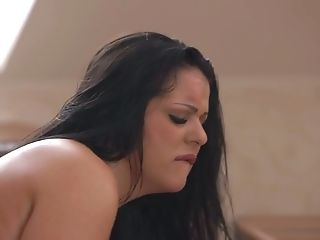 Juggy Seductress Anissa Jolie Goes Wild On Hard And Big Pole