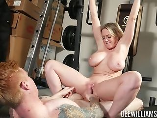 Dee Williams - Ideal Form Of Horny Mummy