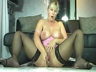 Big-boobed MUMMY Excellent Squirting