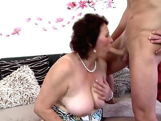 Huge-chested Mommy Suck And Fuck Youthfull Lucky Sonnie