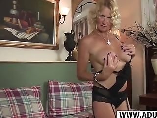 Thirsty Step-mom Molly Maracas Gets Fucked Well Hot Dad's Friend