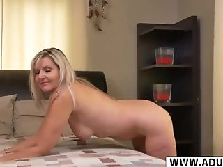 Cougar Fresh Mama Velvet Skye Wants To Fuck Hot Nubile...