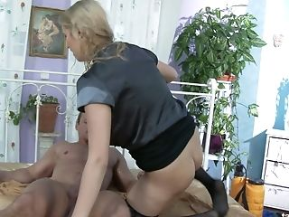 Fuckfest-greedy Wifey Has An Affair With One Hot Blooded Gardener
