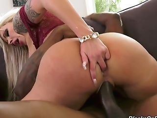 German Wifey Nina Elle Goes Black While Her Hubby If Out Of Town