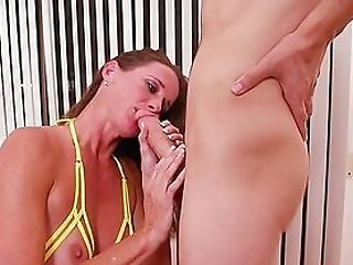 Fat Dick Spreads The Lips Of A Dickblowing Mummy