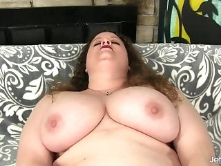 Matures Plus-size Desi Dae Fucks A Faux-cock
