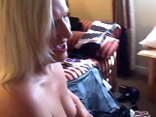 Matures All Girl Peeping Tom Femmes Fingerblasting And Honeypot...