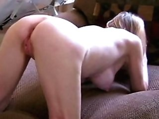Unexperienced Cougar Loves Her Fantasy