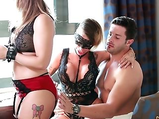 Spanish Milfie Wifey Gina Snake Surprises Her Hubby With Awesome Ffm