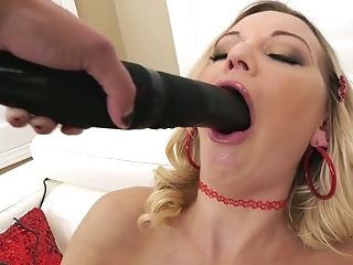 Fantastic Giant Jugged Blonde Nymphomaniac Kenzie Taylor Wanna Be...