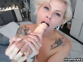 Mommy Taking That Hard Prick Like A Champ