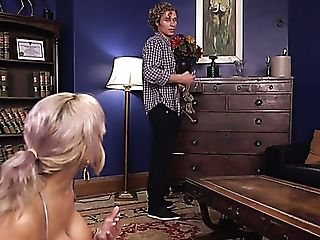 Awesome Blonde Mummy Alyssa Lynn Attempts Out Chest Bondage And...