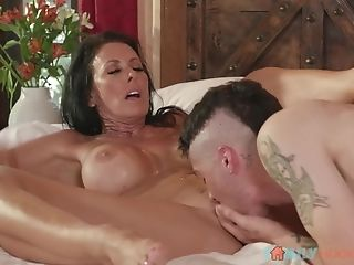 Punk Stepson Tongues Puss Of His Stepmother Reagan Foxx