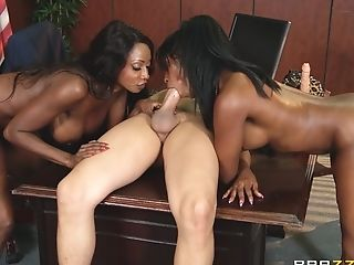 Two Hot Shaped Black Ladies Fucks With Milky Manager