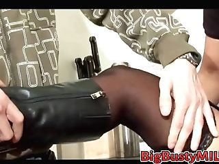 Boy Tempt Cougar To Fuck