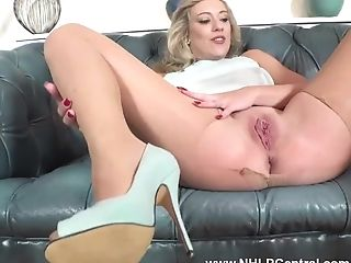 Buxom Blonde Axa Jay Makes An Impression Fresh Manager...
